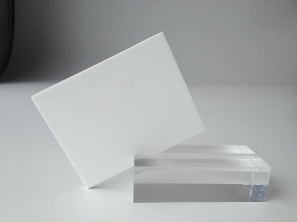 plexiglasmmopaal%lichtbakkenwit